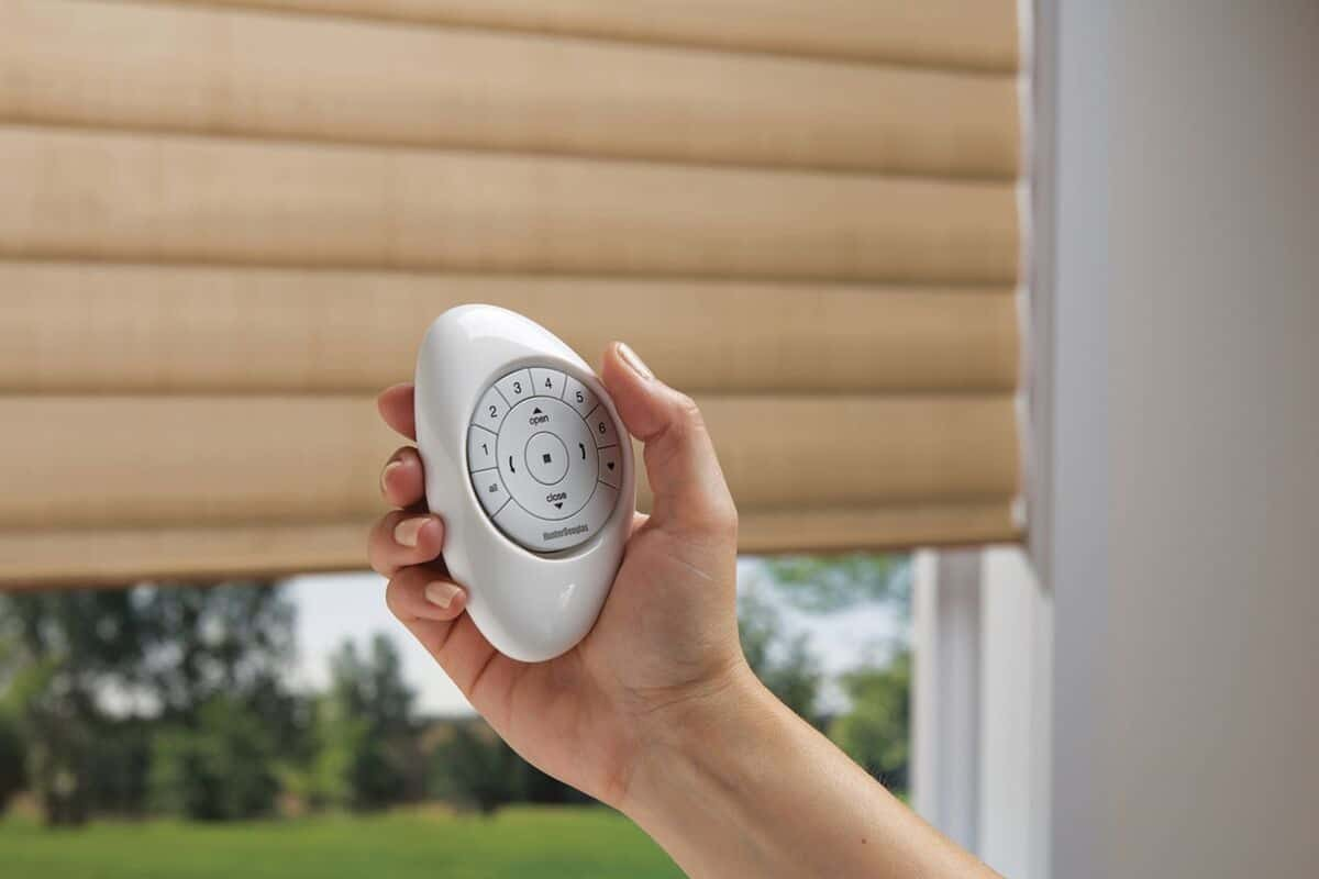 Hunter Douglas PowerView® Automation for Homes near Manhattan, New York (NY) with the Pebble® Remote